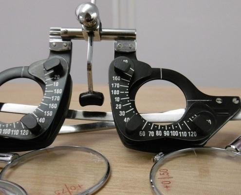 Eye Test Machine